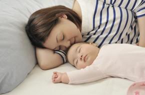 Phớt lờ mọi lời khuyên của chuyên gia, tôi vẫn ngủ chung giường với con vì lý do này