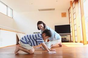 Trả tiền cho trẻ làm việc nhà: Đừng làm hư con!
