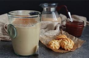 Làm ngay trà sữa caramel thơm lừng nóng ấm