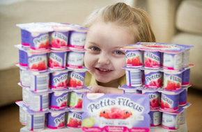 Kì lạ bé gái 4 tuổi chỉ ăn sữa chua mà vẫn khỏe mạnh