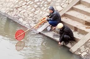 Hình ảnh xấu xí ngày Táo quân: Cá vừa thả cá đã có