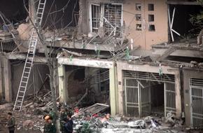 Vụ nổ kinh hoàng ở KĐT Văn Phú: Hàng chục biệt thự tiền tỷ bỗng chốc tan hoang