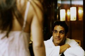 Mở cửa phòng tắm khách sạn, chồng tròn mắt không thốt nên lời vì nhìn thấy tôi