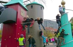 """""""PARENT"""" - công thức nuôi dạy những đứa con hạnh phúc của bố mẹ Đan Mạch"""
