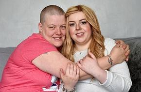 Coi thường khối u nhỏ ở ngực, cô gái 19 tuổi sốc khi được chẩn đoán mắc ung thư vú