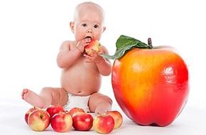 Những điều mẹ cần biết về bổ sung vitamin A và D cho trẻ