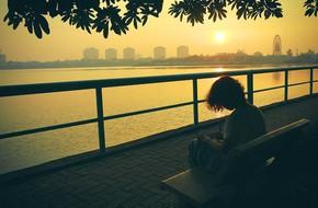 Thu Hà Nội đẹp mơ màng và lộng lẫy dưới ánh hoàng hôn