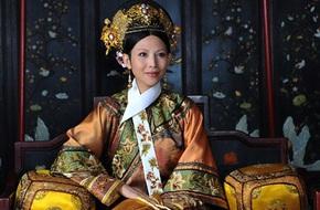 Á Hậu Hồng Kông bỏ vai chính vì muốn ăn Tết với gia đình