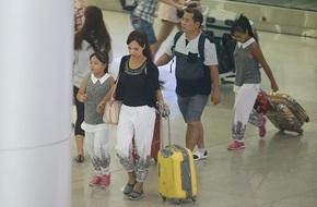 Thúy Hạnh - Minh Khang trở về từ Mỹ sau chuyến du lịch kỷ niệm 10 năm ngày cưới