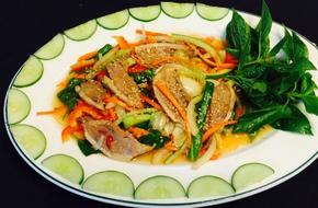Chua ngọt hấp dẫn món gỏi vịt trộn rau củ