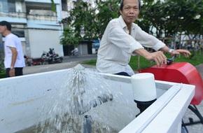 Người dân hào hứng tập thể dục bằng…máy lọc nước bên dòng kênh đẹp nhất Sài Gòn
