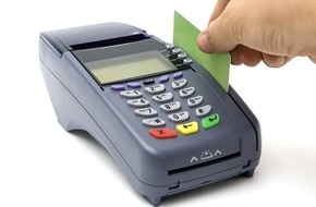 Máy quẹt thẻ 'nuốt' 683 triệu đồng, nhà hàng biến mất?