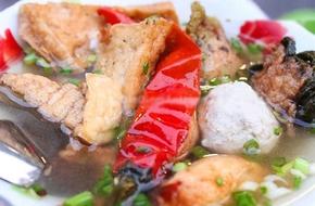 5 món ăn mê hoặc người Sài Gòn vào mùa mưa