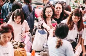Vui chơi cuối tuần rực rỡ với hàng loạt hội chợ ẩm thực, thời trang chất lượng
