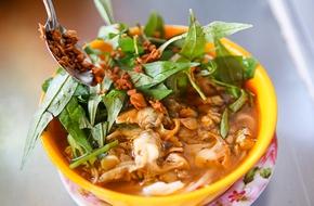 Hai phiên bản mì cay Việt khiến bạn xuýt xoa chẳng kém món cay 7 cấp độ Hàn Quốc