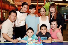 Vợ cũ hạnh phúc chia sẻ ảnh Bằng Kiều cùng tình mới đến dự sinh nhật con trai