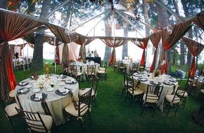 Ý tưởng trang trí đám cưới sân vườn lung linh cô dâu nào cũng ao ước