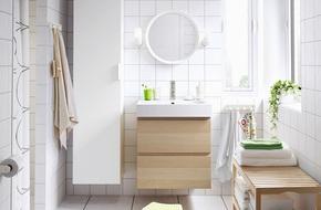 Những phòng tắm đơn sắc trắng khiến bạn ngắm mãi chẳng biết chán