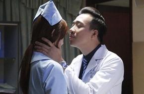 """Trấn Thành - Hari Won khiến khán giả phát ghen vì quá """"tình"""""""