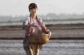 """""""Vòng eo 56"""" tung MV nhạc phim ấn tượng với giọng hát Thùy Chi"""