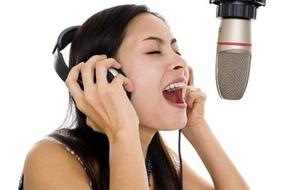 Những lợi ích tuyệt vời cho sức khỏe nhờ ca hát