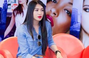 Á hậu Lệ Hằng nhớ về việc mất váy trong đêm Chung kết Hoa hậu Hoàn vũ 2015