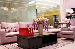 Phòng khách màu pastel