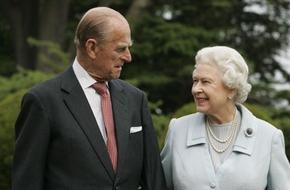 """Nữ hoàng Elizabeth có thể đã không cưới hoàng tử Philip vì một lí do """"buồn cười"""" thế này đây"""