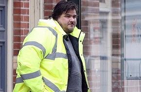 Từ chối hầu tòa vì quá béo