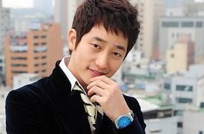 Hiệp hội giải trí Hàn phản đối Park Shi Hoo quay lại showbiz