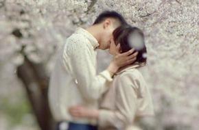 """""""Gió đông"""" kết thúc bằng nụ hôn giữa hoa anh đào"""