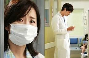 Mẹ Joo Won rơi nước mắt nhìn con trong bệnh viện