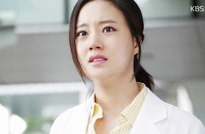 Moon Chae Won khóc khi Joo Won phải rời khỏi bệnh viện