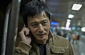 Fan nữ khóc thét vì Jang Dong Gun lạnh lùng, đáng sợ