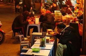 Ăn đêm - Nét ẩm thực thú vị của người Hà Nội