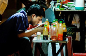Cái thú ăn đêm ở Sài Gòn