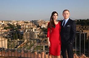 Theo chân James Bond trong phim bom tấn 'Spectre'