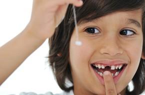 Bố mẹ có biết vì sao phải giữ răng sữa của con lại không?