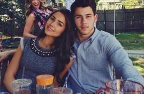 Nick Jonas hẹn hò với Hoa hậu Hoàn vũ 2012
