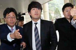 """""""Hoàng tử Hallyu"""" phải nộp 136 triệu vì tát vợ"""