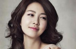 """""""Nữ hoàng Seon Duk"""" Lee Yo Won mang bầu lần 2"""