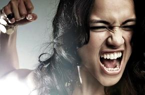 Hậu quả khi chọc giận người yêu là 12 cung Hoàng đạo nữ