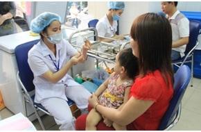 Bé trai tử vong sau khi tiêm vắc xin ở Quảng Ninh