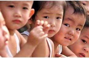 Có nơi gần 2 bé trai mới có 1 bé gái, trai Hà Nội đang đứng trước nguy cơ