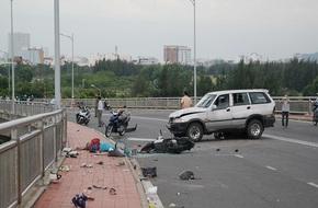 Tạm cấm các phương tiện qua cầu Thuận Phước để kiểm định