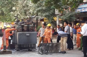 Cận cảnh trạm biến áp bị nổ khiến 5 người thương vong ở Hà Đông