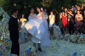 Ngô Kỳ Long bế bổng Lưu Thi Thi trong đám cưới cổ tích