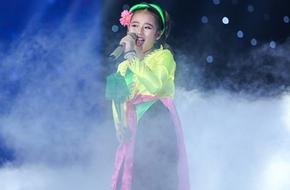 """Gặp """"Thị Mầu"""" 10 tuổi đáng yêu bậc nhất The Voice Kids"""