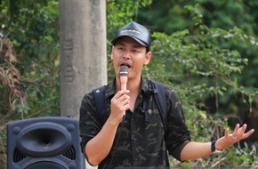 Ngày thứ 2 đến với vùng lũ, Phan Anh tiếp tục nhận được ủng hộ lên tới 16 tỷ đồng