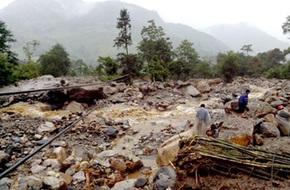 Nguy cơ lũ quét, sạt lở đất sau bão Kalmaegi